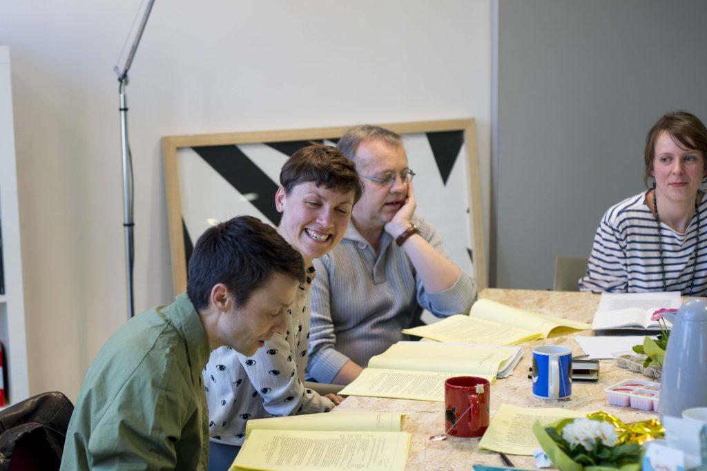 fabriquer sa langue - rencontre avec Julie Portier à l'Artothè